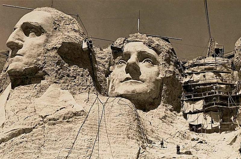 what's inside the secret room in Mount Rushmore